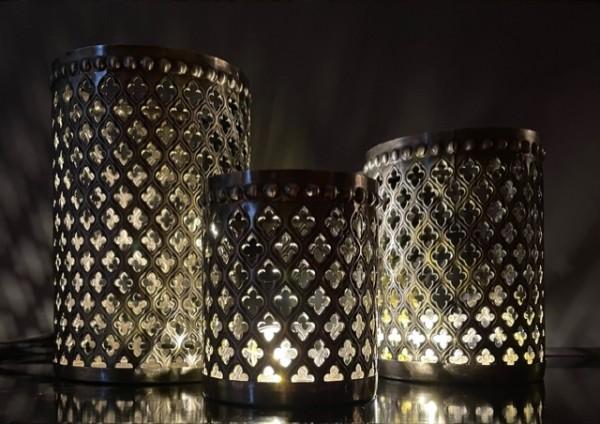 Orientalische Teelichthalter aus Metall silber