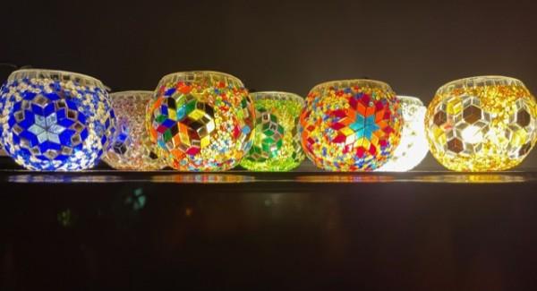 Orientalische Teelichthalter aus Glasmosaik